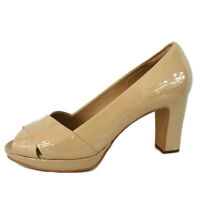 Clarks Size 7 Artisan Desert Nude Patent Leather Peep Toe Court Shoes Beige Heel
