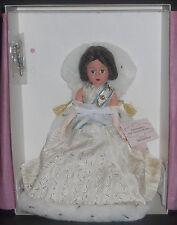 "NMIB MADAME ALEXANDER 2002 LTD ED THE QUEEN MOTHER OF ENGLAND 10"" CISSETTE 35715"