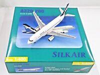 Herpa Wings 1:400 560993 SILK AIR Airbus A320-200 9V-SLJ - Metal Airplane Model