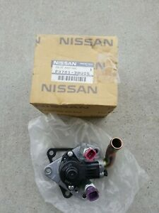 Genuine Nissan Fuel Injection Idle Air Control Valve 23781-38U05