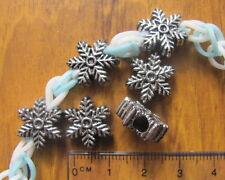25 15mm Snowflake acrilico PLASTICA PERLE FORO GRANDE NATALE a trama grossa europeo