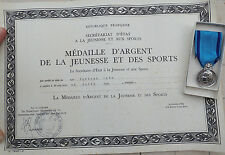 DECORATION - medaille jeunesse et sports ARGENT  + certificat  (4476J)