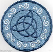 charmed parche logo hermanas Halliwell triquetra celta