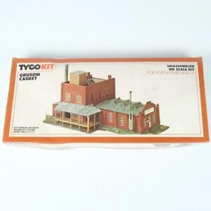 Tyco HO Scale Grusom Casket Unassembled Plastic Building Kit No 7784