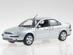 Ford Mondeo 2001 plata coche en miniatura Minichamps 1/43