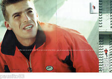 PUBLICITE ADVERTISING 125  1996  NIKE  vetements sport (2p)  JEAN GALFIONE