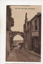 The Old York Gate Broadstairs Kent Vintage Postcard 552b