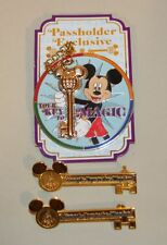 3 Disney World Pins 2010 Passholder Exclusive Your Key to Magic + 2 Gold Kingdom