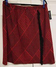 NINA LEONARD Woman's Kilt Look Skirt....3X....NWT...Red & Black...Elastic Waist