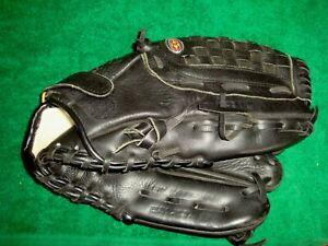 "Easton Black Magic BMX13B 13 inch Baseball Glove RHT ""EXCELLENT"""