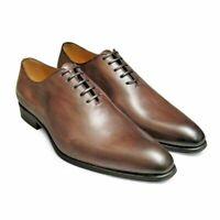 Chaussures formelles en cuir brun à la main avec patine supérieure et lacets