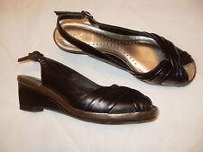 K Talla 3 de Ancho de Cuero Negro Ajuste Cuña Charol Peeptoe FAB estilo y calidad limpia
