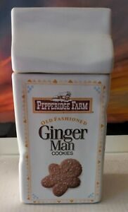 PEPPERIDGE FARM Cookie Jar Ginger Man and chocolate chip Cookies Ceramic