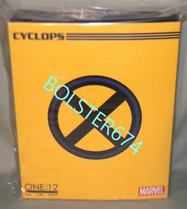 CYCLOPS SCOTT SUMMER One:12 Collective Action Figure MEZCO TOYZ Marvel X-Men
