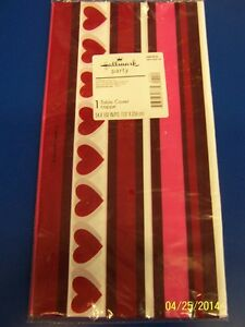 Happy Heart Day Pink Valentine's Day Holiday Party Decoration Plastic Tablecover