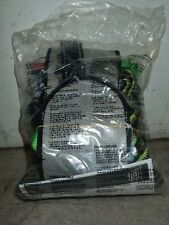 MILLER P950QC-77 FULL BODY HARNESS (NEW IN PACKAGE)