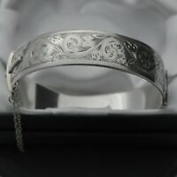 1962 Vintage Heavy Solid 925 Silver Scroll Design Hinged Bangle Bracelet