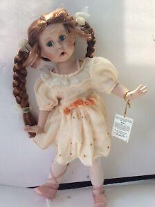 """Geppeddo Collectible Porcelain 16"""" Kate Ballerina beautiful Doll -"""