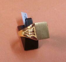 BONITO SELLO de CADETE o NIÑA en oro 18 KTES. PESO 4,15 GR.