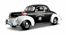 Ford Deluxe Police 1939 1 18 Model Maisto