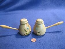 Vintage Flowered Pine Wood Syrup Butter Pourer Salt and Pepper Shakers 15