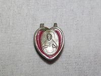 VINTAGE CHRISTIAN CATHOLIC JESUS HOLY MOTHER CLOTHING PIN