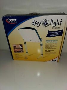 New Carex Sun Day Light Classic Bright Light Therapy Mood Lamp Light 10,000 LUX