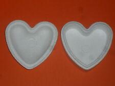 Boîte en polystyrène forme cœur (Largeur:14,5cm, Hauteur:13,5cm, Epaisseur:8cm)