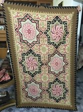 Old hand made French Aubusson design tapisserie tapis laine needle point 115 x 175 cm