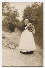 foto postkarte haus knecht mit hund.