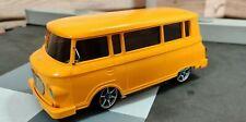 Carson XMODS Barkas B1000 Minibus Gelb beleuchtet RC Car ferngesteuertes Auto
