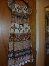 "Pretty Gypsy Style Dress Tan Brown & White Size (2)  6 - 8 Chest 32""  By Gizem"