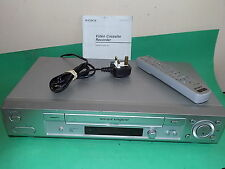 Sony SLV-SE830 VIDEOREGISTRATORE VHS SMART VCR include Remote