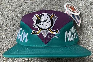 Anaheim Mighty Ducks Vintage 90's Logo 7 NHL Men's Adjustable Snapback Cap Hat