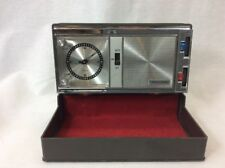 Vintage Realistic Wind Up Travel Analog Alarm Clock AM Radio