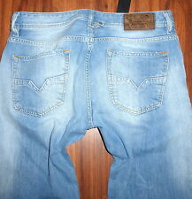 NWT DIESEL LARKEE 0827F STRAIGHT STYLE JEANS SIZE 31X32