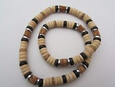 A BROWN COCO BEAD & CORK/SILVER BEADS STRETCH NECKLACE.  (100% VEGAN)