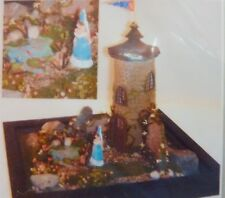 Dollhouse Miniature Quarter Scale 1:48 Kit Too Many Frogs Castle, 3483