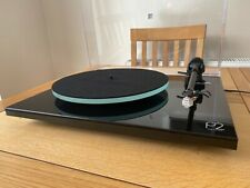 Rega P2 Planar 2 with Fono mini Preamp Black