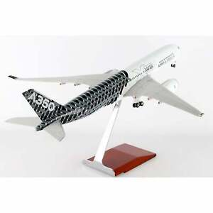 Skymarks Airbus A350 XWB Carbon Model with Wood Stand  - Scale 1:100