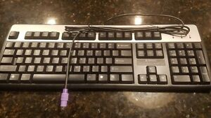 Hewlett-Packard 352750-001 Wired Keyboard Black/Silver NEW