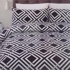 Bedroom Polyester Unbranded Three-Piece Quilt Covers