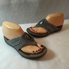 Array Thong Sandals Slides Shoes Gray Silver Leather Womens Size 5.5 M