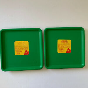 Lollaland Kid's Square Plastic Reusable Plates Set of 2- BPA/BPS Free Green
