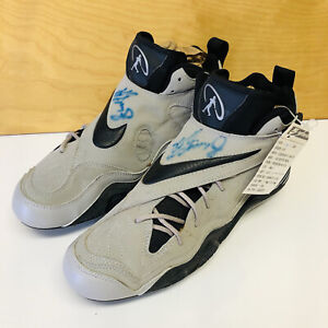 RARE 98 KEN GRIFFEY JR Proto Nike Zoom Signed Game Cleats Autographed Mariners
