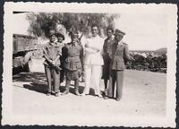YZ7912 Militari e Ufficiali in posa con fucile - 1933 Foto epoca - Vintage photo