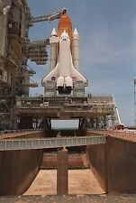 ATLANTIS ATOP THE MOBILE LAUNCHER PLATFORM FOR STS-101  8X10 NASA PHOTO (EP-343)