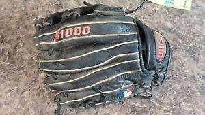 "Wilson A1000 Glove Mitt Infield Right Hand Throw Youth 11.25"""