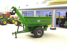 1/64 ERTL GREEN J&M GRAIN CART
