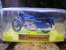 MIRA SPAIN: MOTO 1:24eme  SUZUKI GS 1000 ref 2301 état neuf en boite